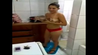 Caiu no whatsapp amadora brasileira da unib-sp transando no motel e arreganhando a buceta na maior cara de pau